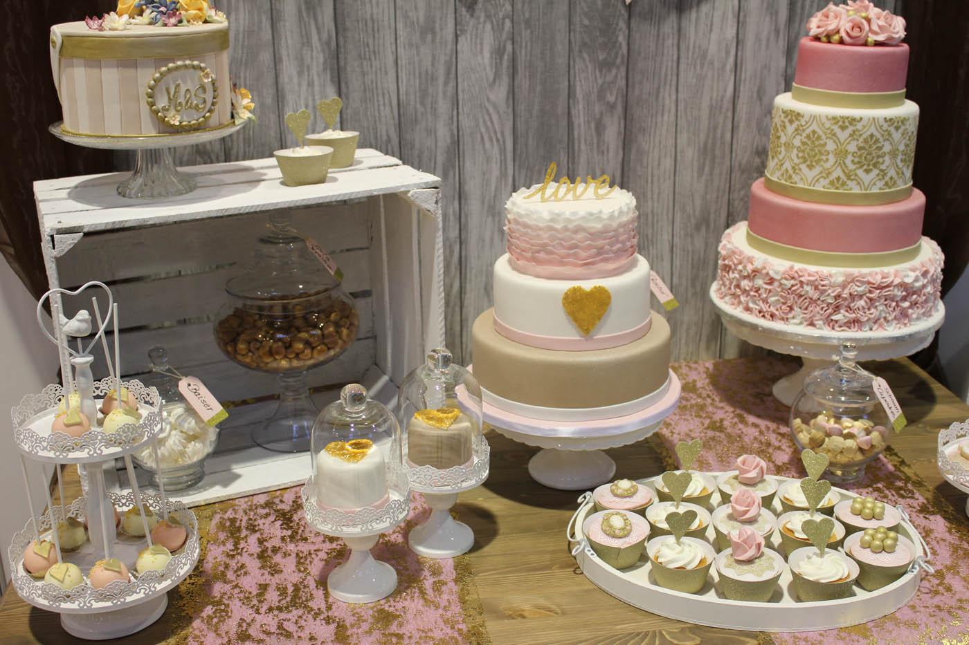 Hochzeitstorte Der kleine Tortenladen