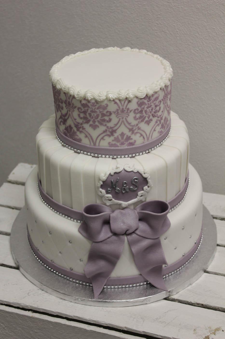 Wie Komme Ich Zu Meiner Perfekten Hochzeitstorte Die Hochzeitsmacher